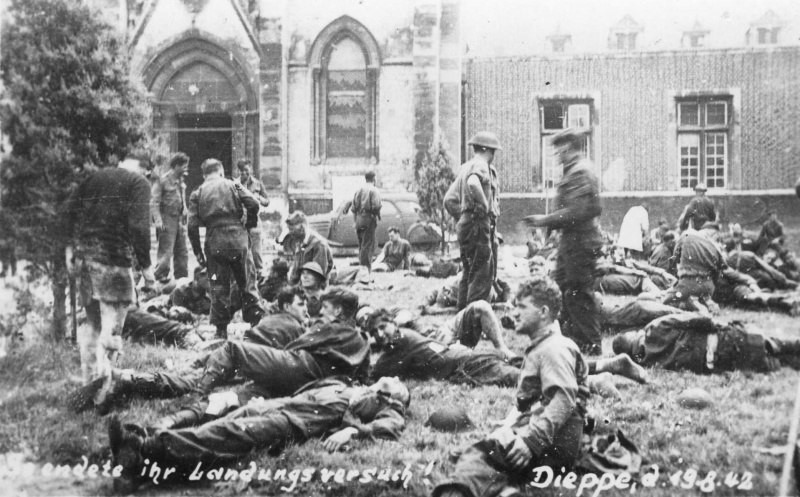 an overview of the dieppe raid in history of the world war two