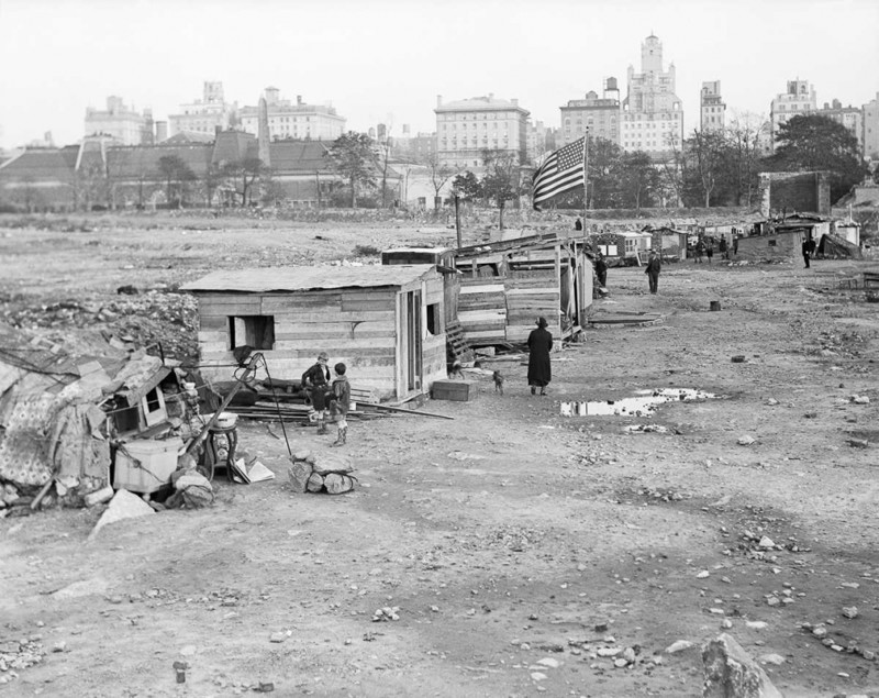 the great depression as a critical point in the united states history The great depression as a critical point in the united states history pages 3 words 1,387 view full essay more essays like this.