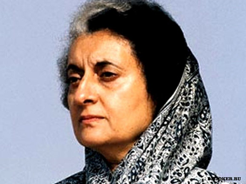 a biography of indira gandhi a prime minister of india Indira gandhi, a prime minister of india, was the most effective and powerful politician of her day in that country considered a hero by her supporters and cursed by her enemies, who later assassinated her, indira gandhi paved the way for democracy in india during the twentieth century.